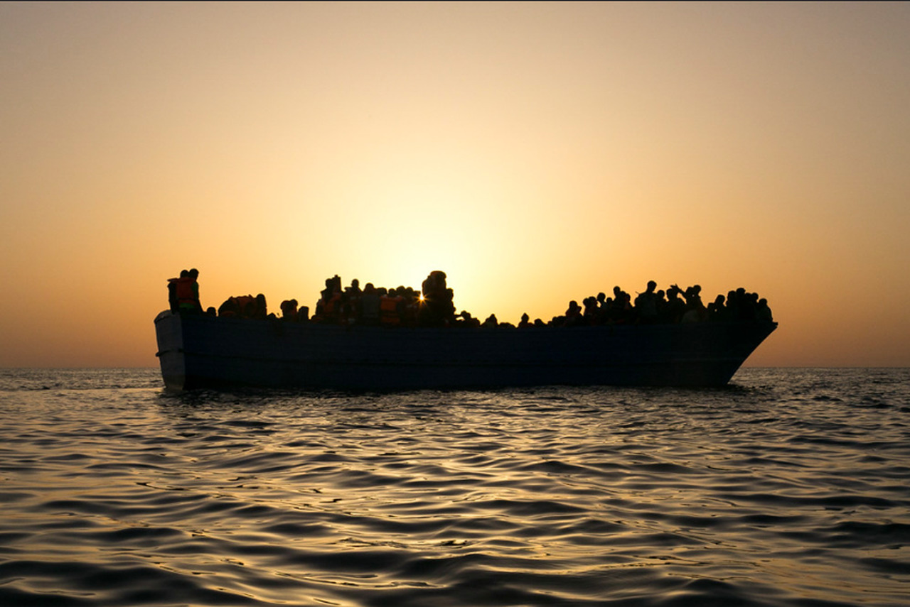 Artikel: Inside Italy's show trial against Libyan 'boat drivers'