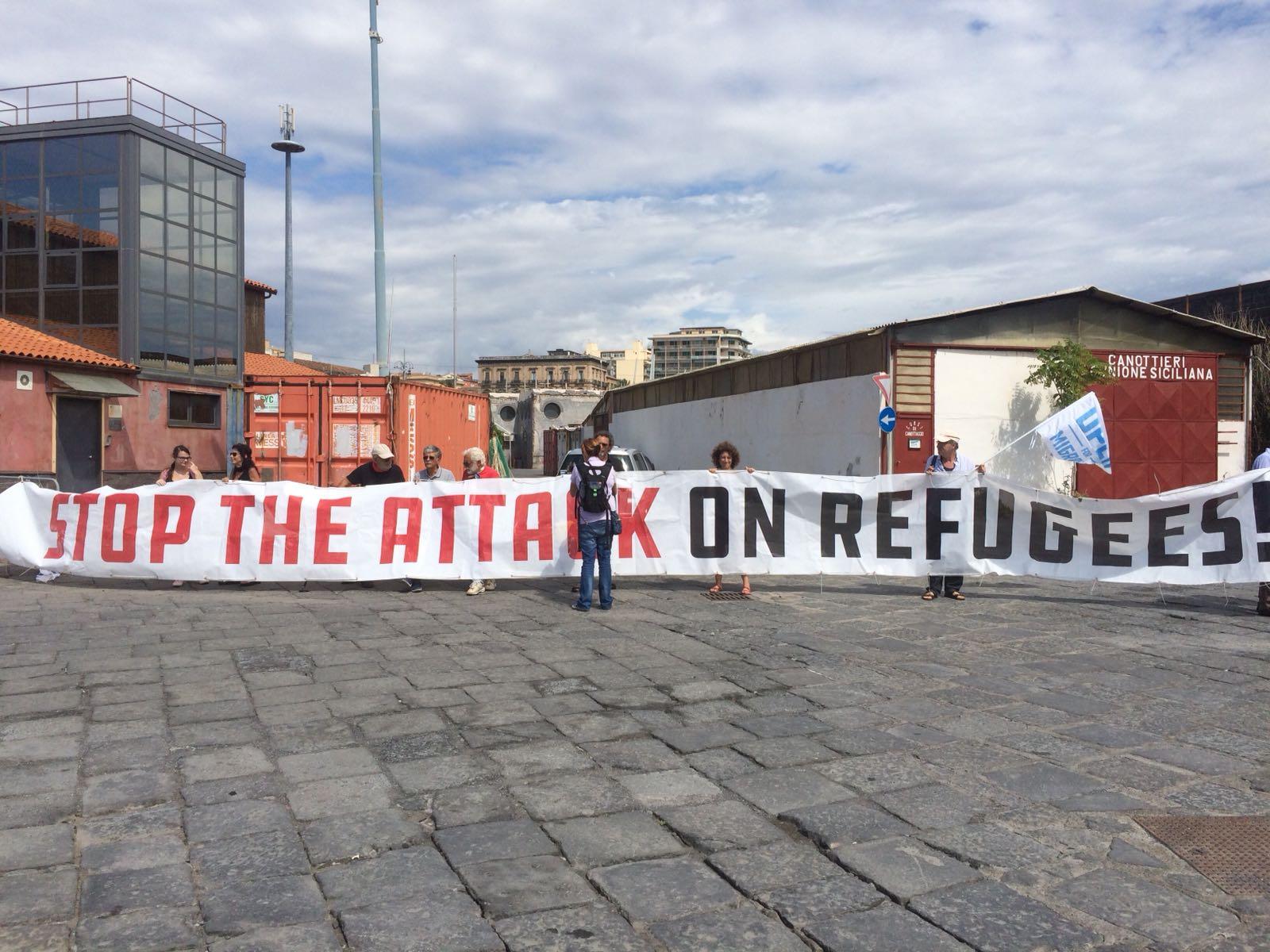 Wie die italienische Politik weiterhin Migrant*innen zum Sündenbock macht - Analyse